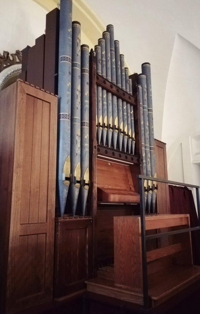 El órgano de Hewitt de la Capilla de Montserrat 6