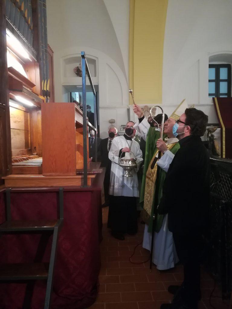 El órgano de Hewitt de la Capilla de Montserrat 8