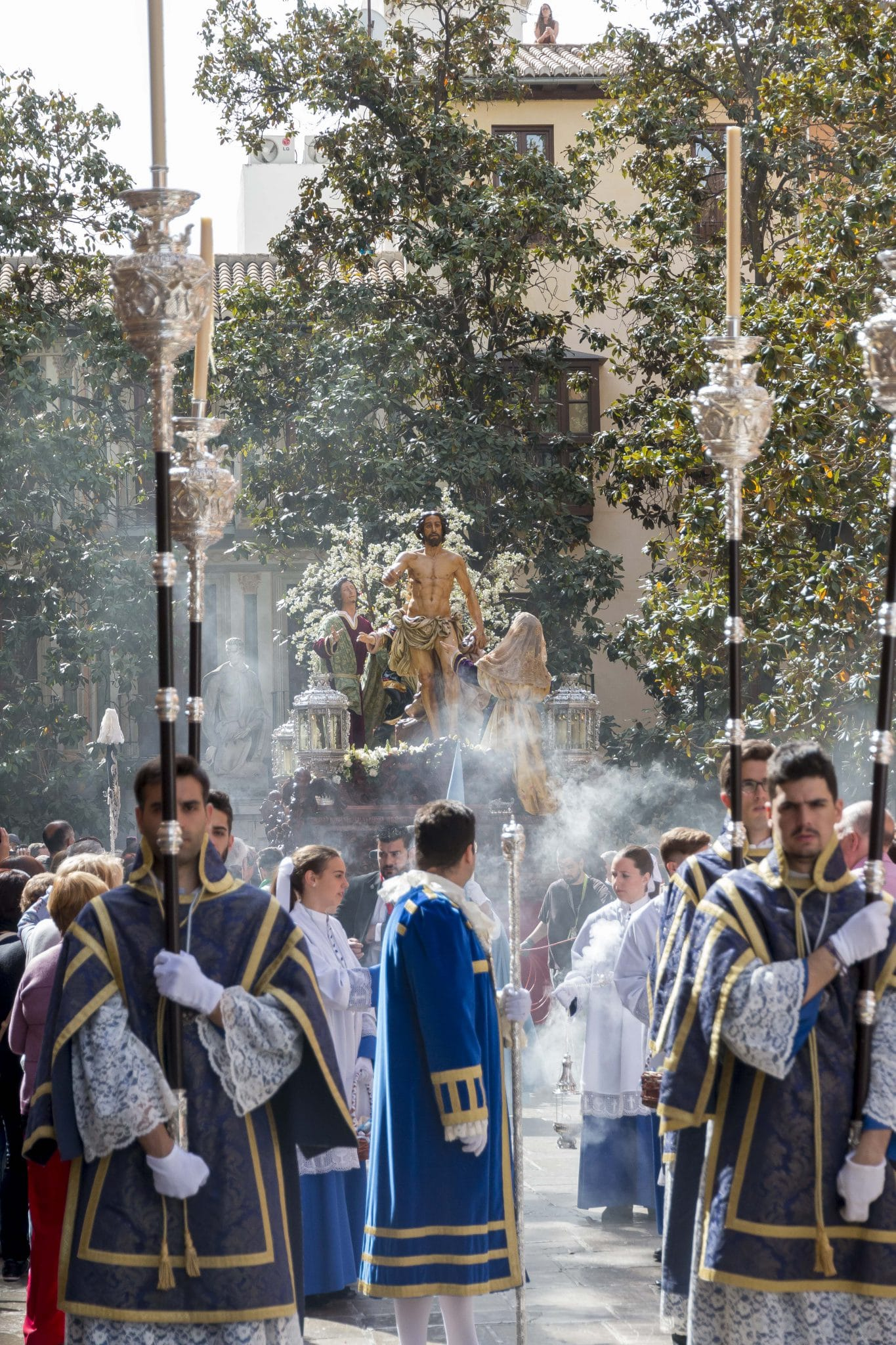 Semana Santa en Granada - Resucitado Regina