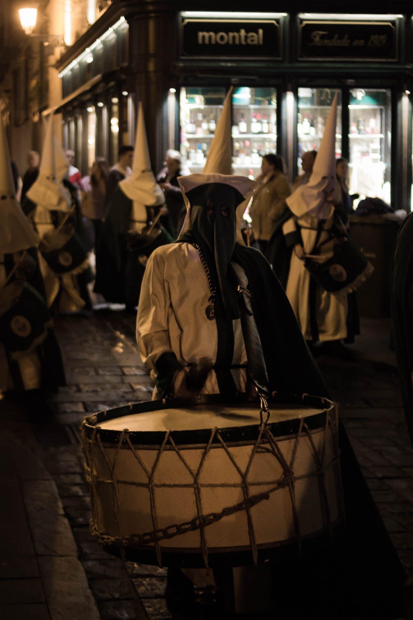 Semana Santa en Zaragoza - Procesión Titular San Lamberto