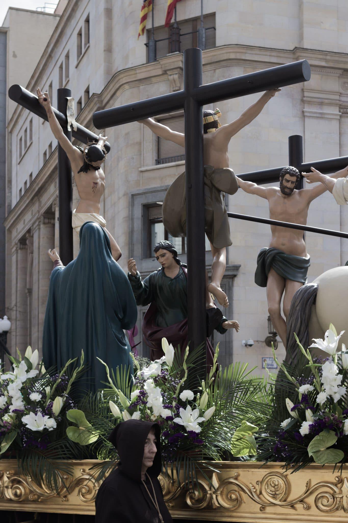 procesión titular crucifixión,semana santa en zaragoza,semana santa de zaragoza