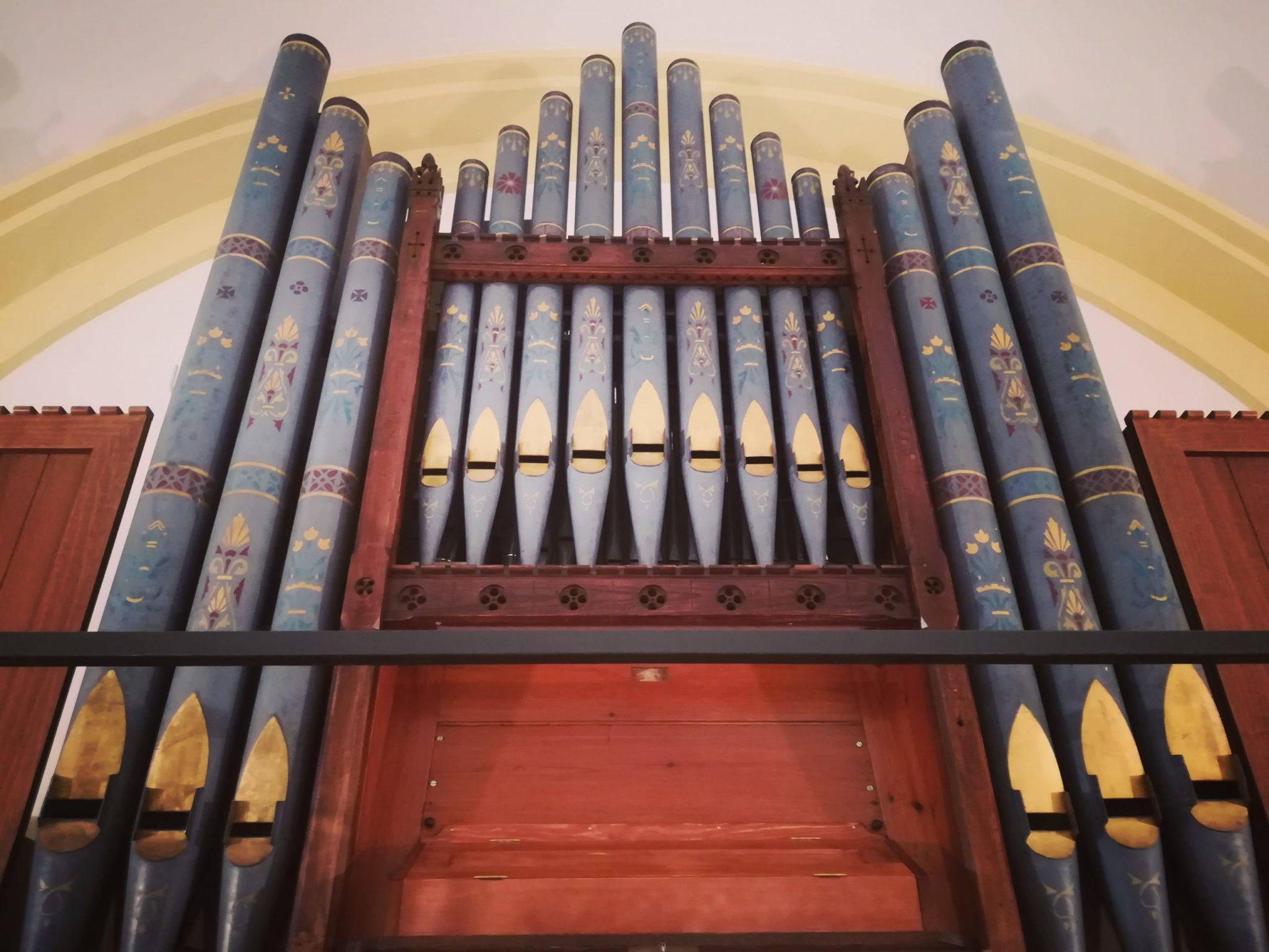 El órgano de Hewitt de la Capilla de Montserrat 1